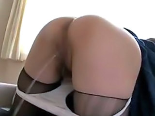 Hairy Pissing School Stockings