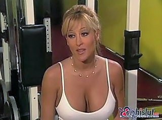 Jill Kelly in pool get her pussy rammed