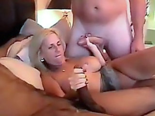 Older lady foursome in hotel bed with squirting