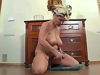 Poilue Masturbation Naturel