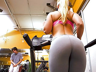 Milf slut fucked hard in the gym
