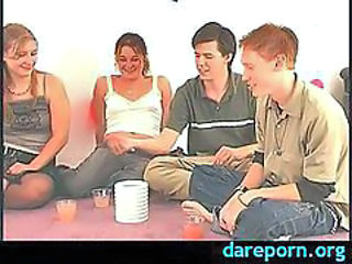 Amateur sexgame with hot girls and bisexual boys