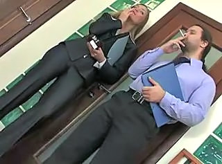 Office hottie smokng and fucking with dude