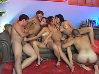 Hot sex orgy with horny babes and hunks