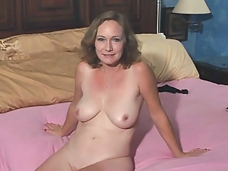 Mature Woman Fucks Good
