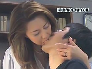 Japanese Kissing Mature Mom