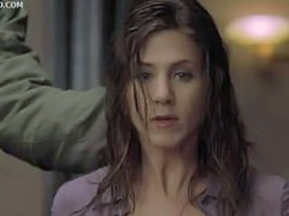 Armed Guy Breaks In, Spoils the Party and Wants to Abuse Jennifer Aniston