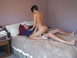 Amatør Ass Brunette Hardcore Riding