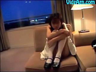 Petite Innocent Girl Gives Excellent Blo...