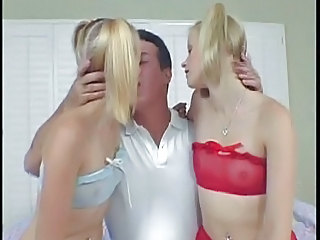 Blonde Groupsex Kissing Lingerie Sister Small Tits Threesome Twins