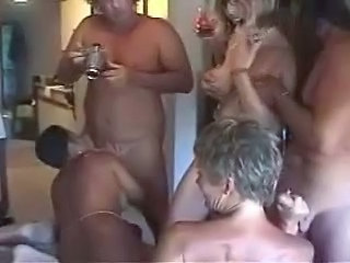 Amateur Blowjob Groupsex Mature Swingers Wife