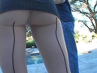 Outdoor Pantyhose Upskirt