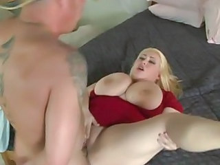 Hillary Hooterz got nailed hard on soft bed