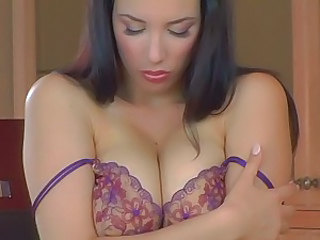 Tittie tricks keep her hands full & tongue flicking, Jelena Jensen does a solo