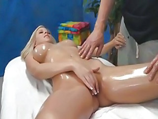 Busty Anal Blonde Diamond Foxxx Gets Fucked Doggy Style and Creampied