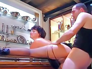 Italian milf fuck and titjob