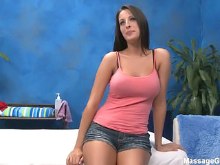 Curvy big titted masseuse Kortney