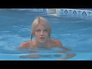 Blond Sød Pool softcore Teenager
