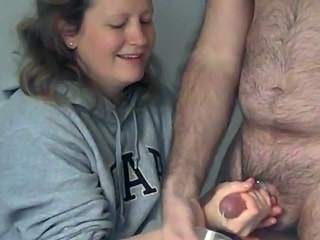Joufflue Handjob Mature