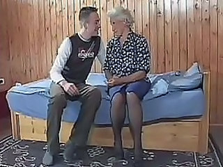 Teen guy agrees on something really extraordinary - to fuck old lady