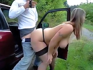 Dude picks up a hooker to suck his cock and fuck at side of road