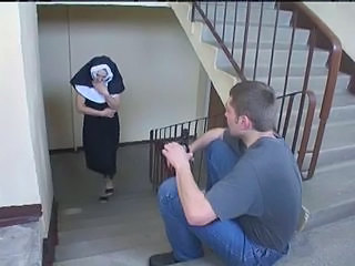 Amateur Homemade Nun Threesome