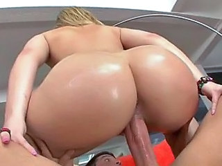 Alexis Texas Sucks Cock and gets Fucked Just to have a Creampie