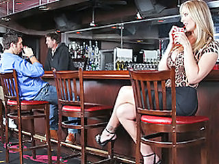 Sexy Cougar Julia Ann is real horny tonight and decides to go on the hunt for a man. She not only wants a man but she wants a man with a big dick!She goes down to the local bar and a
