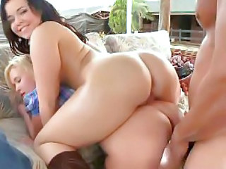 Sexy oiled girls threesome