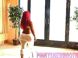New PINKY with KELLY DIVINE 1/2