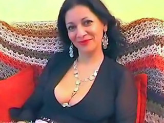 Milf amateur arab mother spreading her pussy