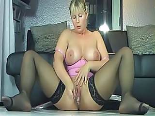 Big Tits Masturbating Mature MILF Natural Pussy Solo Stockings Toy