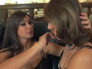 Vaniity and Roxy Jezel fucking