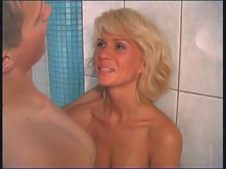 Amatör Badum Blond Hardcore MILF Duschar