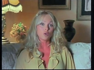 Blonda Erotic MILF Star porno