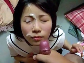 Incredibil Asiatic Muie Jet de sperma Facial POV