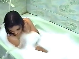 Paki Punjabi Girl bathing in Bathtub showing Naked Feet...