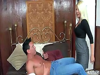 Hardcore Action With Blonde In Stockings