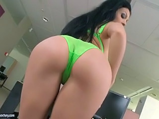 Palatable Slut Aletta Ocean Reveals Those Whoreific Bazoombas To Everyone