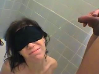 Pissing Slave