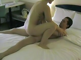Amateur sex in hotel while fr...