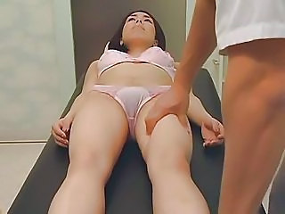 Amateur Aziaat Lingerie Massage