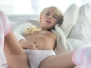 Babe Blonde Masturbating Skinny Small Tits