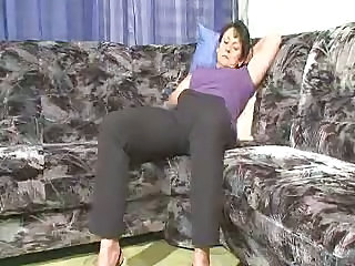 Amateur Brunette Homemade Masturbating Mom