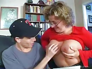 Big Tits Bus Glasses Mature Mom Nipples