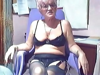 Amateur Webcam Kinky Granny Comp