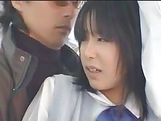 Schoolgirl Fucked In The Bus - Japonaise Prise Dans...