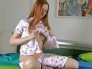 Amateur Amazing Cute Masturbating Redhead Teen