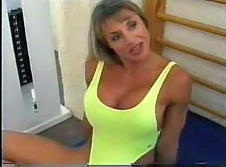 Bodybuilding Mature Woman