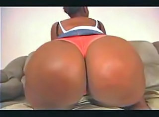 SHE KNOWS WHAT SHE DOING TOPDOG _: amateur bbw black and ebony